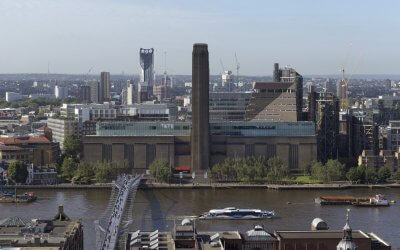 Tate Modern wins major tourism award
